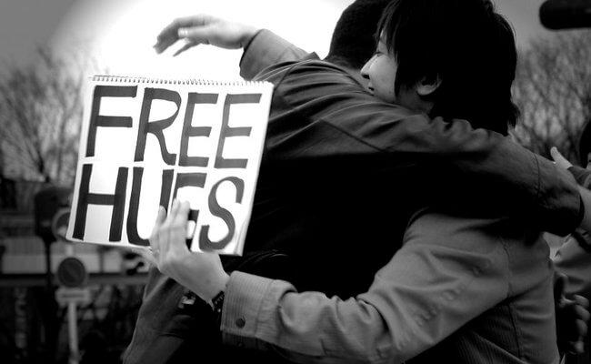 pureactu-freehugs