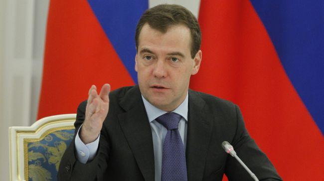 Medvedev risque de guerre mondiale en cas d'offensive terrestre étrangère
