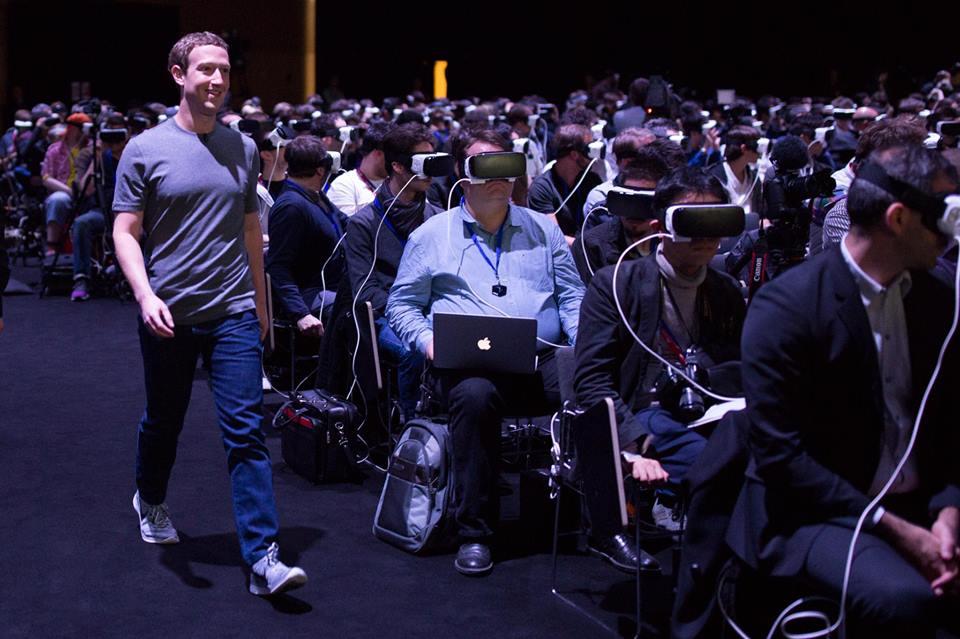 Réalité virtuelle Le cliché angoissant de Mark Zuckerberg