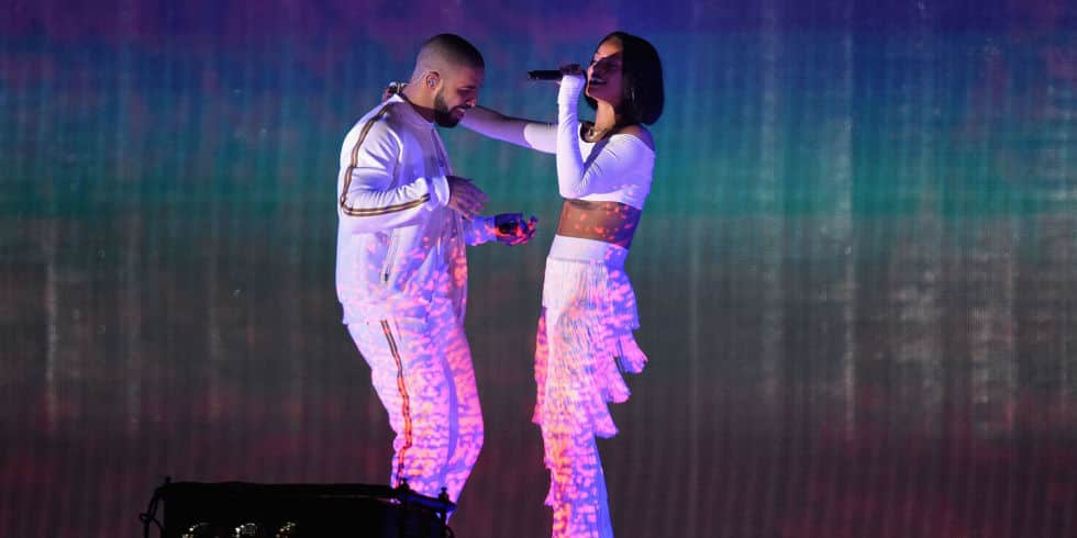 Rihanna twerke contre Drake sur Work
