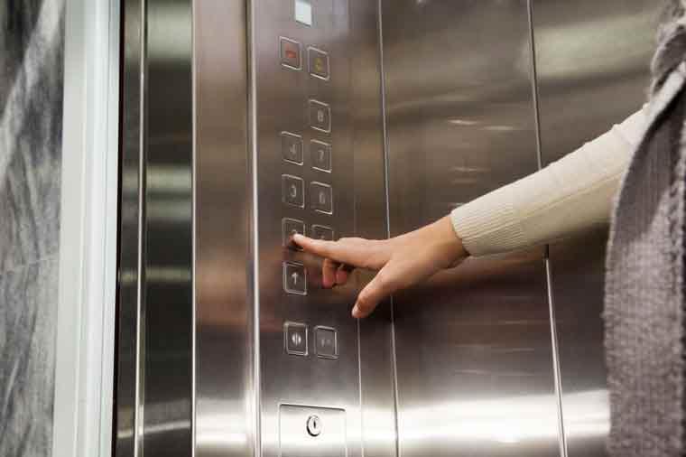 Ascenseur-1