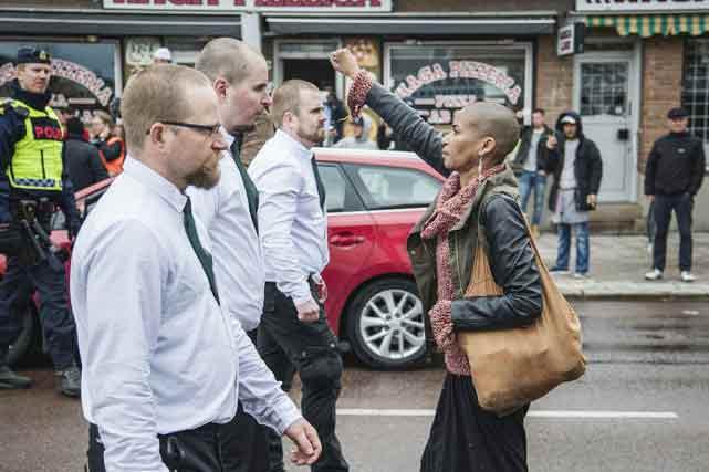 femme-noire-et-nazis
