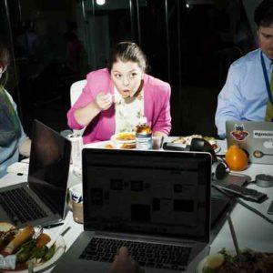 Desktop-Dining-2