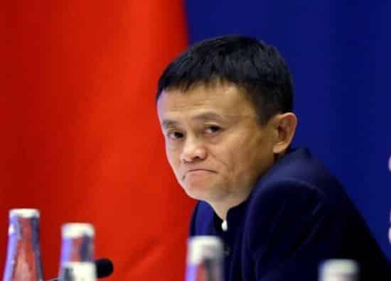 homme d'affaires chinois. Il a créé le site internet Alibaba.com et est maintenant le président d'Alibaba Group