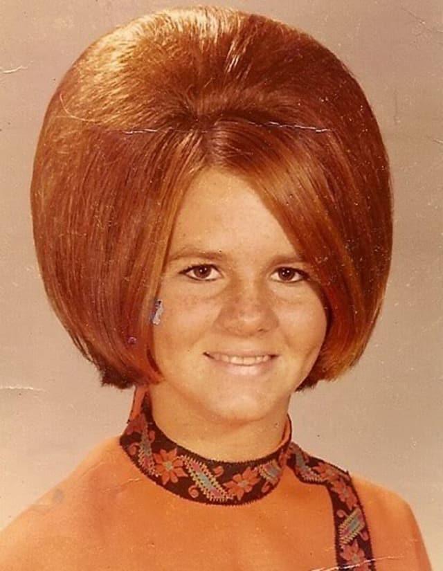 coiffures sixties 9