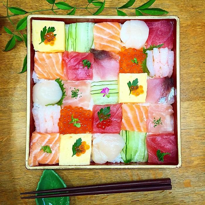 Mosaic Sushi 0