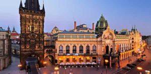 PRAGUE-CAPITALE