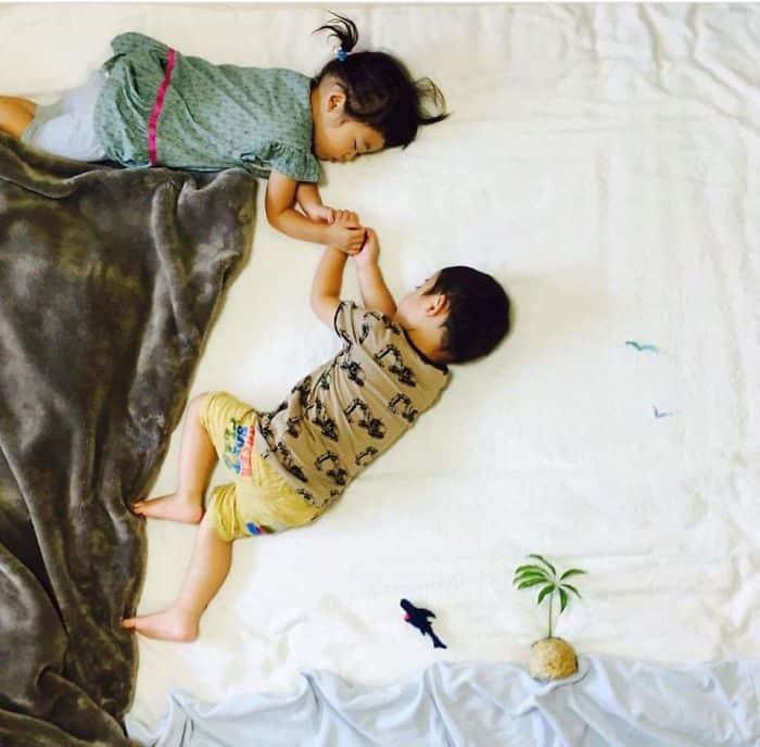 jumeaux-qui-dorment-4