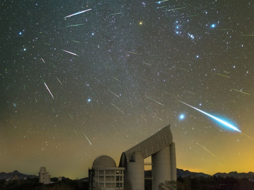 Geminids over the LAMOST Telescope © Yu Jun (China)
