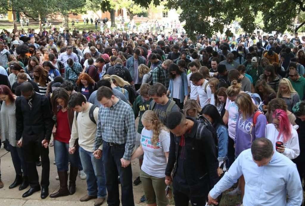 La foule dans le campus - Photo Twitter