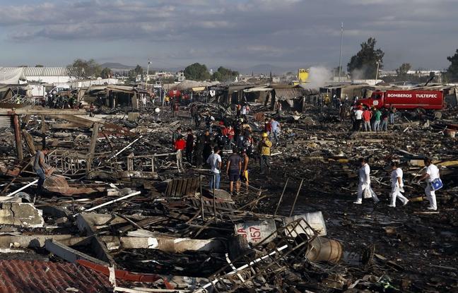 Des morts dans l'explosion d'un marché de feux d'artifice — Mexique