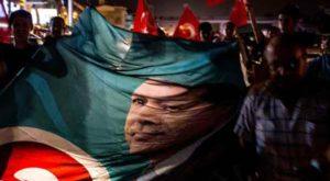 Le président Recep Tayyip Erdogan a franchi lundi une première…